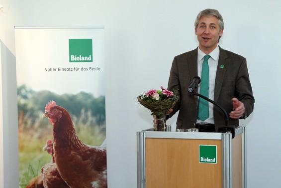 Bioland-Präsident Jan Plagge freute sich über die Erfolge seines Verbands. Bild: Jens Brehl CC BY-NC-SA 4.0