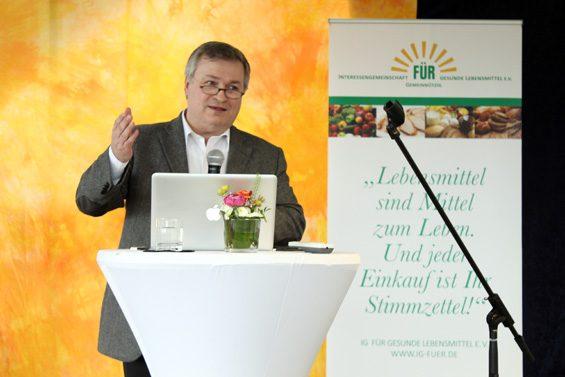 Bio und regional gehören für Prof. Dr. Horst Lang untrennbar zusammen. Bild: Jens Brehl CC BY-NC-SA 4.0