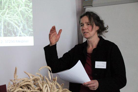 Getreidezüchterin Catherine Cuendet – Bild: Jens Brehl CC BY-NC-SA 4.0