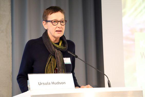 Ursula Hudson nahm Konsumenten und Politik in die Pflicht. – Bild: Jens Brehl CC BY-NC-SA 4.0