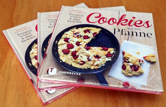 Drei Bücher Cookies aus der Pfanne