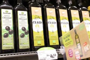 Olivenöl tegut bio zum kleinen Preis neben Olivenöl von Alnatura